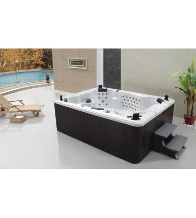 Keystone 8-10 Person TV Hot Tub